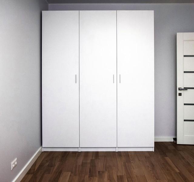 Шкаф распашной Практик